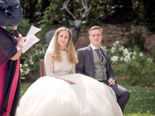 Le mariage de Sean et Zara à Saint-Pargoire, Hérault 9