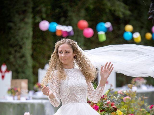 Le mariage de Sean et Zara à Saint-Pargoire, Hérault 11