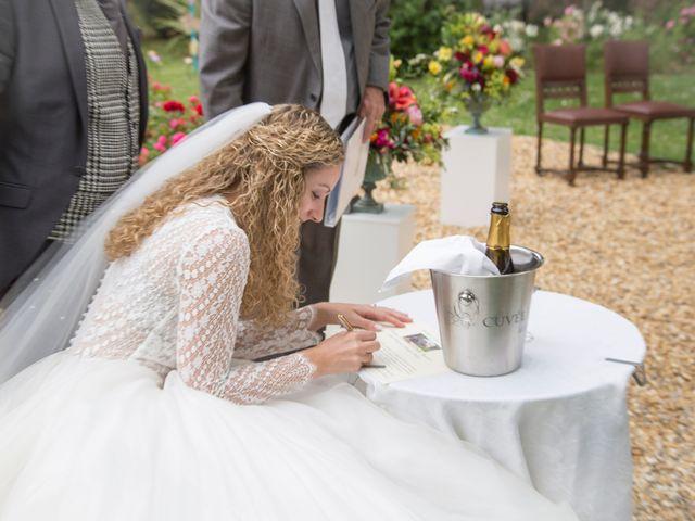 Le mariage de Sean et Zara à Saint-Pargoire, Hérault 13
