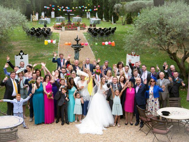 Le mariage de Sean et Zara à Saint-Pargoire, Hérault 18