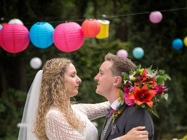 Le mariage de Sean et Zara à Saint-Pargoire, Hérault 51