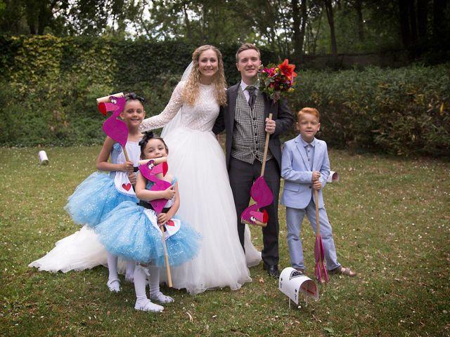 Le mariage de Sean et Zara à Saint-Pargoire, Hérault 54