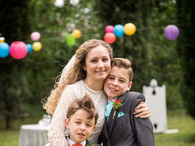 Le mariage de Sean et Zara à Saint-Pargoire, Hérault 61