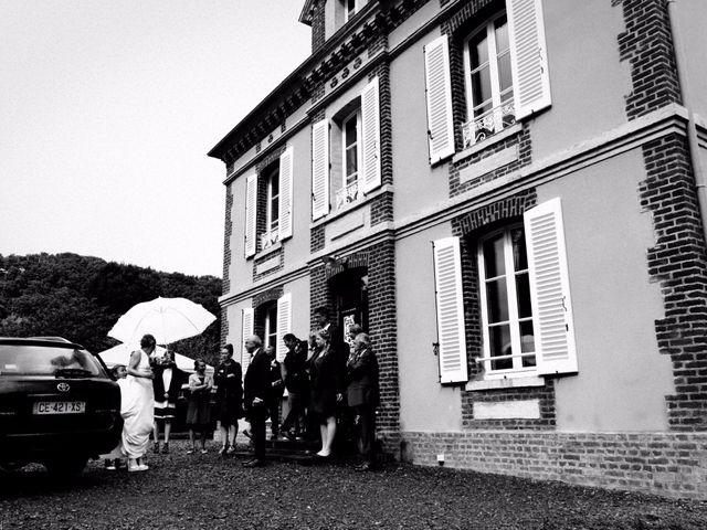 Le mariage de Romain et Julie à Saint-Hymer, Calvados 9