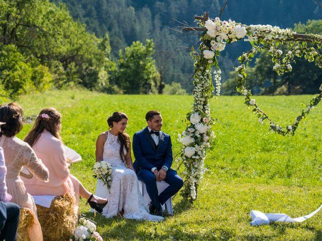 Le mariage de Kevin et Marjorie à Saint-Benoit, Alpes-de-Haute-Provence 8