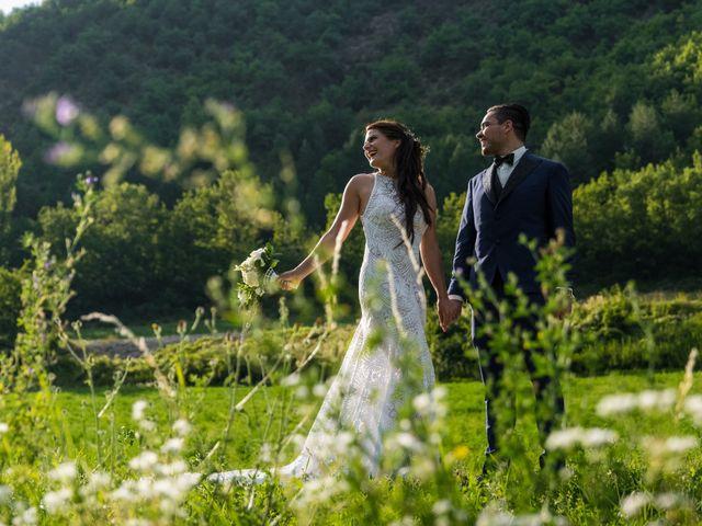 Le mariage de Kevin et Marjorie à Saint-Benoit, Alpes-de-Haute-Provence 16