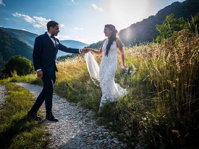 Le mariage de Kevin et Marjorie à Saint-Benoit, Alpes-de-Haute-Provence 20