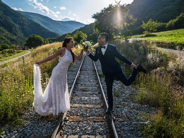 Le mariage de Kevin et Marjorie à Saint-Benoit, Alpes-de-Haute-Provence 21