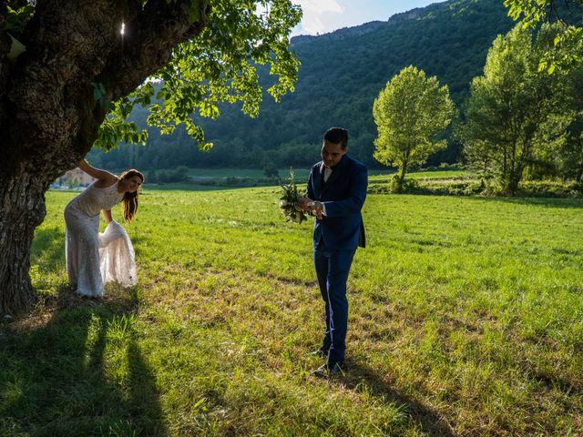 Le mariage de Kevin et Marjorie à Saint-Benoit, Alpes-de-Haute-Provence 24