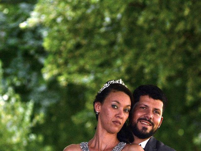 Le mariage de Alexandre  et Rizlaine à Tonnay-Charente, Charente Maritime 14