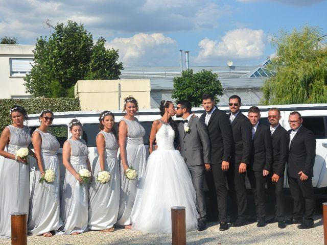 Le mariage de Alexandre  et Rizlaine à Tonnay-Charente, Charente Maritime 24