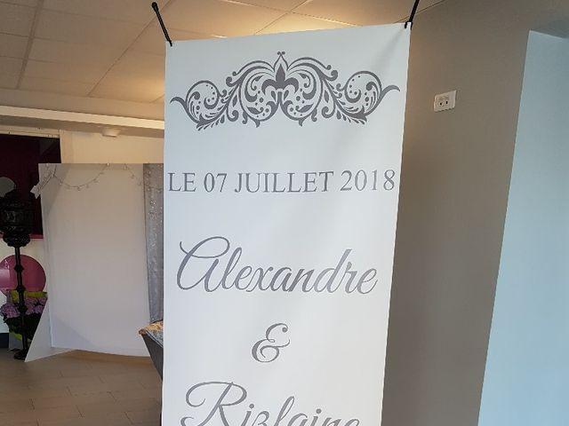Le mariage de Alexandre  et Rizlaine à Tonnay-Charente, Charente Maritime 32