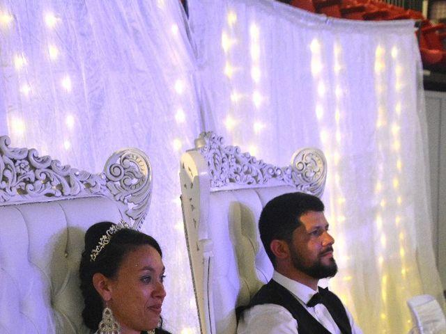 Le mariage de Alexandre  et Rizlaine à Tonnay-Charente, Charente Maritime 42