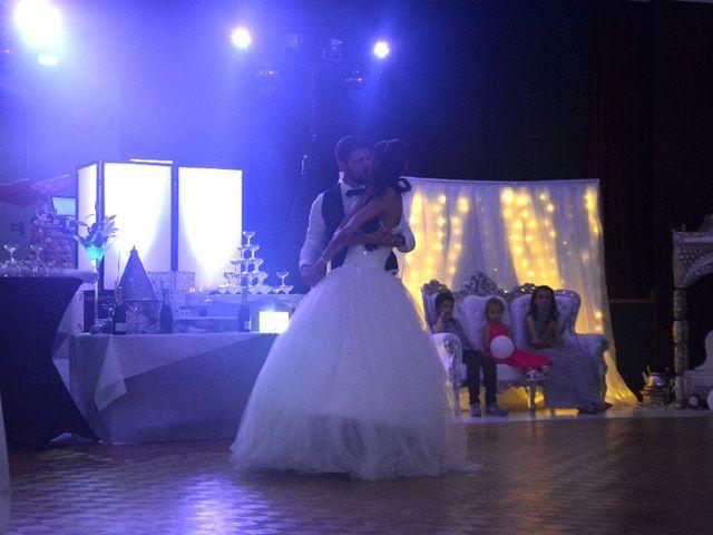 Le mariage de Alexandre  et Rizlaine à Tonnay-Charente, Charente Maritime 44