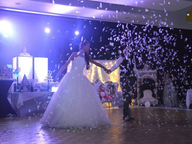 Le mariage de Alexandre  et Rizlaine à Tonnay-Charente, Charente Maritime 45