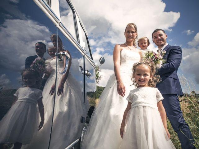 Le mariage de Julien et Angelle à Boulogne-sur-Mer, Pas-de-Calais 1