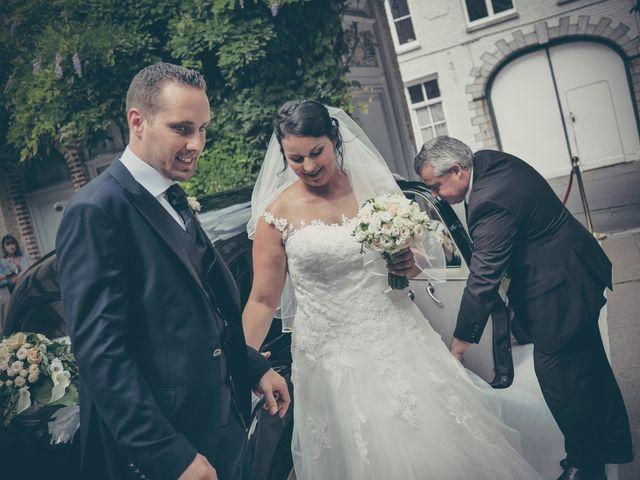 Le mariage de Lucas et Jessie à Cassel, Nord 15