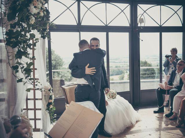 Le mariage de Lucas et Jessie à Cassel, Nord 17