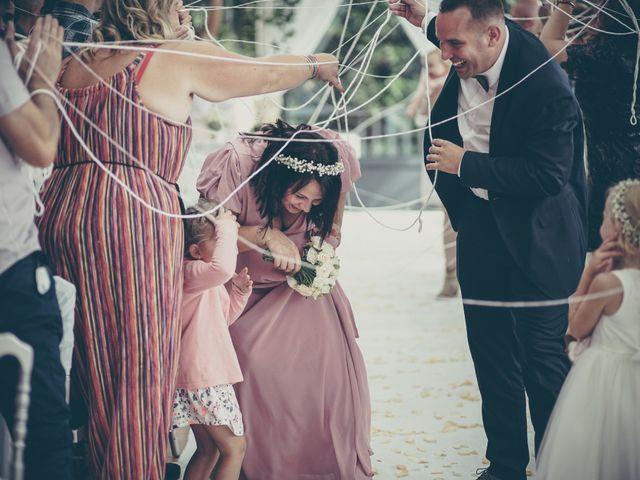 Le mariage de Lucas et Jessie à Cassel, Nord 25