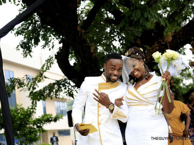 Le mariage de Sean et Yana à Paris, Paris 7