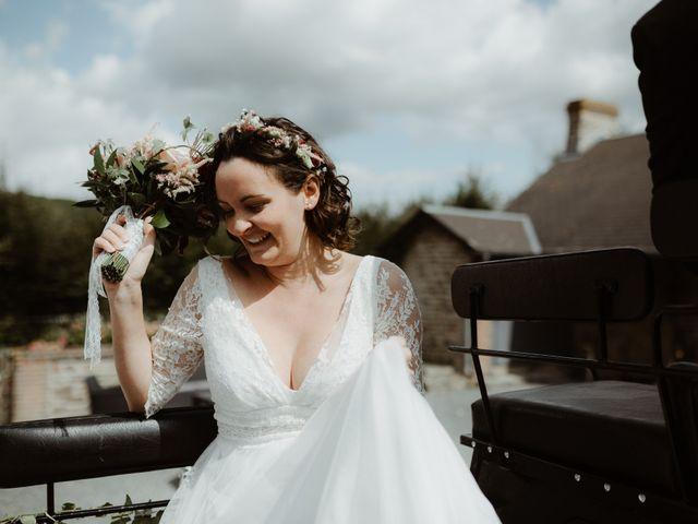 Le mariage de Samuel et Orane à Campandré-Valcongrain, Calvados 10
