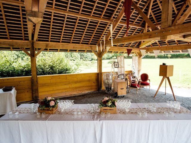Le mariage de Samuel et Orane à Campandré-Valcongrain, Calvados 17
