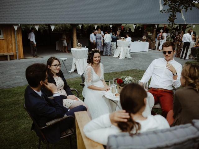 Le mariage de Samuel et Orane à Campandré-Valcongrain, Calvados 23