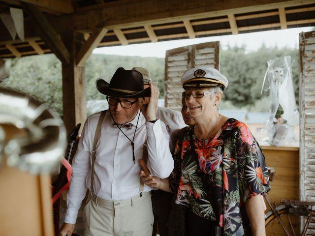 Le mariage de Samuel et Orane à Campandré-Valcongrain, Calvados 34