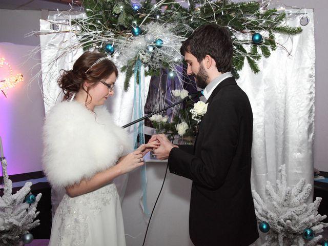 Le mariage de Julie et Charles-Antoine à Marseille, Bouches-du-Rhône 32