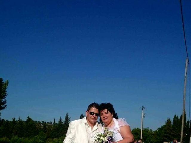 Le mariage de Laetitia  et Magali  à Lambesc, Bouches-du-Rhône 8