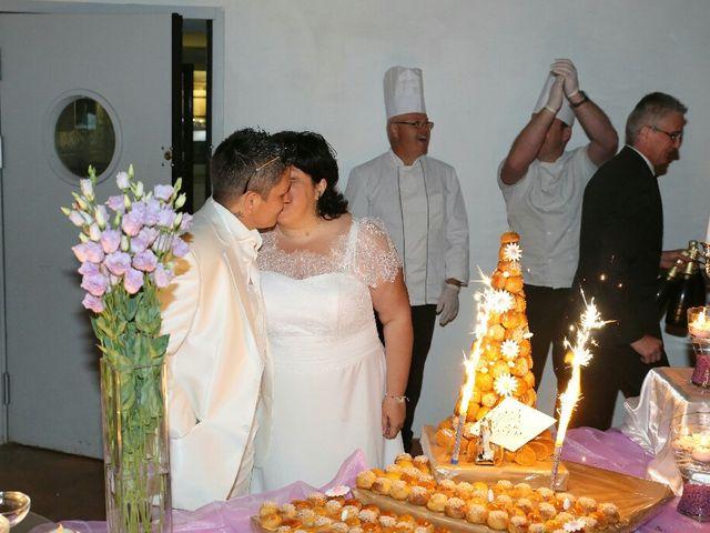 Le mariage de Laetitia  et Magali  à Lambesc, Bouches-du-Rhône 9