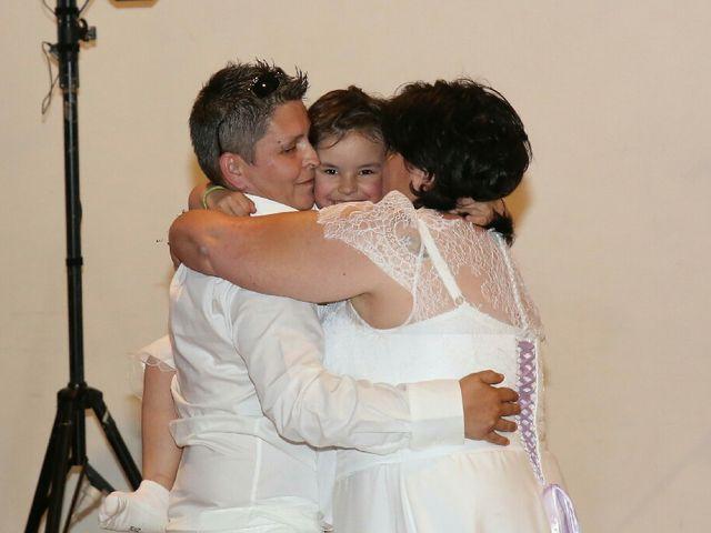 Le mariage de Laetitia  et Magali  à Lambesc, Bouches-du-Rhône 10