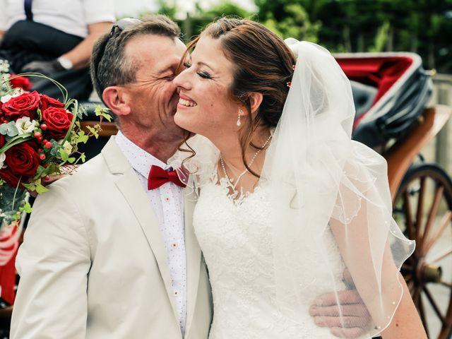 Le mariage de Cédric et Adeline à Saint-Julien-sur-Sarthe, Orne 65