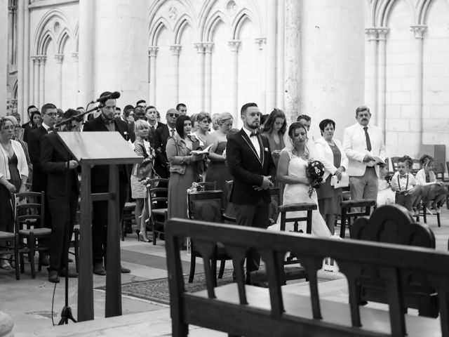 Le mariage de Cédric et Adeline à Saint-Julien-sur-Sarthe, Orne 117