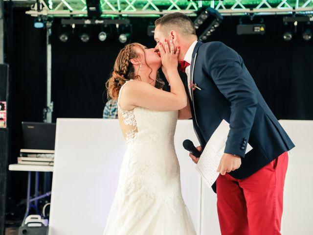 Le mariage de Cédric et Adeline à Saint-Julien-sur-Sarthe, Orne 248