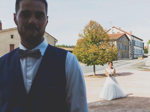 Le mariage de William et Daniela à Sauviat, Puy-de-Dôme 2