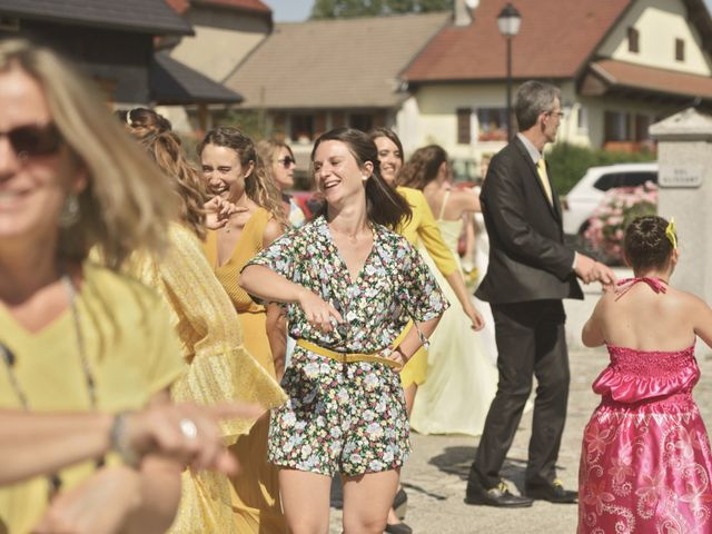 Le mariage de Laurent et Maëlle à Quintal, Haute-Savoie 27