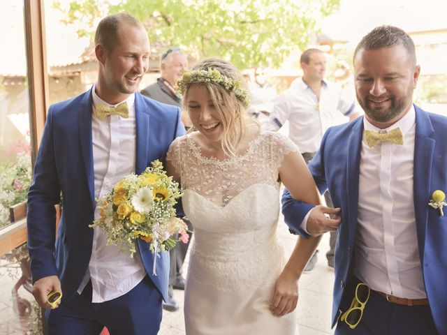 Le mariage de Laurent et Maëlle à Quintal, Haute-Savoie 30
