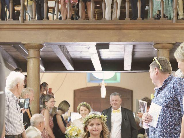 Le mariage de Laurent et Maëlle à Quintal, Haute-Savoie 40