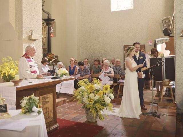 Le mariage de Laurent et Maëlle à Quintal, Haute-Savoie 47