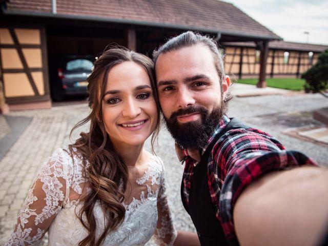 Le mariage de Thibaut et Marine à Pfaffenhoffen, Bas Rhin 13
