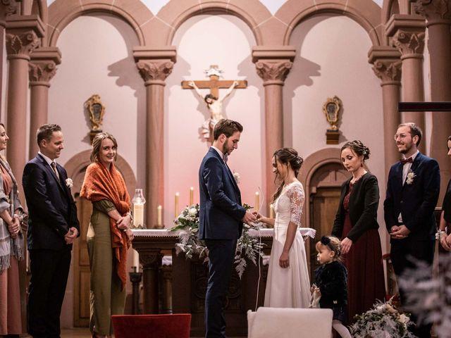 Le mariage de Thibaut et Marine à Pfaffenhoffen, Bas Rhin 18
