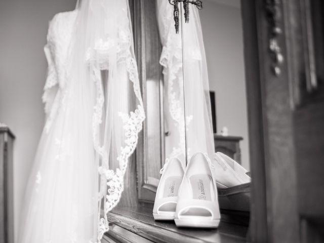 Le mariage de Antonino et Mélanie à Saint-Martin-la-Plaine, Loire 3