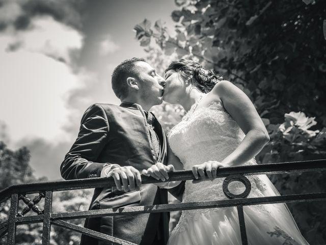 Le mariage de Antonino et Mélanie à Saint-Martin-la-Plaine, Loire 16