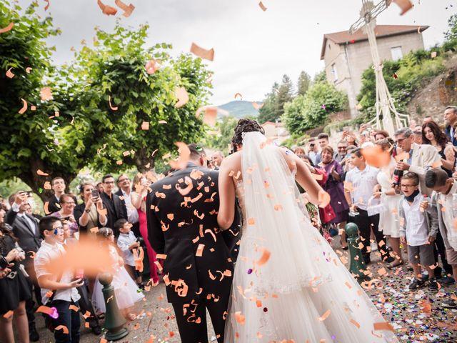 Le mariage de Antonino et Mélanie à Saint-Martin-la-Plaine, Loire 20
