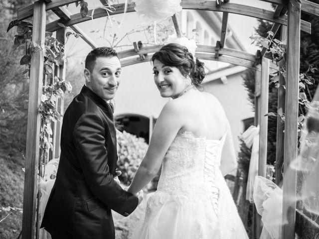 Le mariage de Antonino et Mélanie à Saint-Martin-la-Plaine, Loire 27