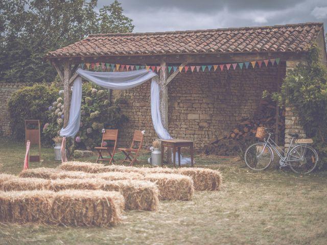 Le mariage de Emmanuel et Emmanuelle à Saint-Valérien, Vendée 5