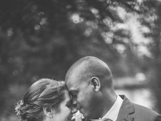Le mariage de Emmanuel et Emmanuelle à Saint-Valérien, Vendée 25