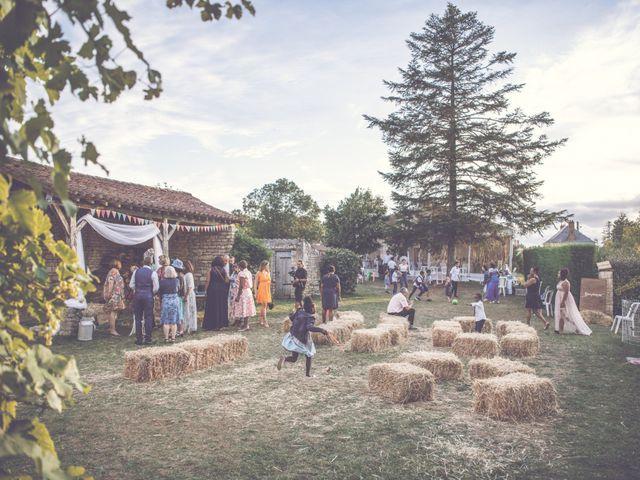 Le mariage de Emmanuel et Emmanuelle à Saint-Valérien, Vendée 33