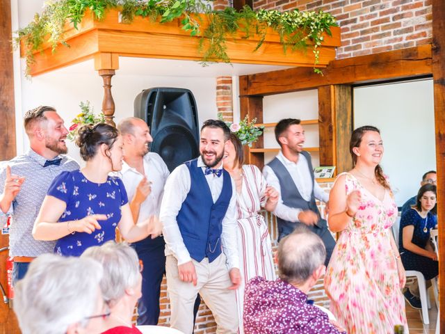 Le mariage de Romain et Anne-Sophie à Cholet, Maine et Loire 18